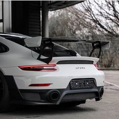 911 GT2 RS (991)