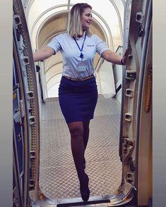 Flight Girls, Skirts With Boots, Girls Uniforms, Women Legs, Cabin Crew, Cute Skirts, Mean Girls, Flight Attendant, Dress Codes