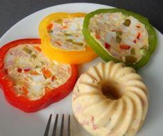 Vaječná tlačenka Main Meals, Finger Foods, Food Art, Stuffed Peppers, Vegetables, Recipes, Self, Finger Food, Stuffed Pepper