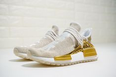 online retailer 83a95 ce812 2018 Real Pharrell x adidas NMD Hu Happy F99762 Hot Sale Air Max 270,  Popular