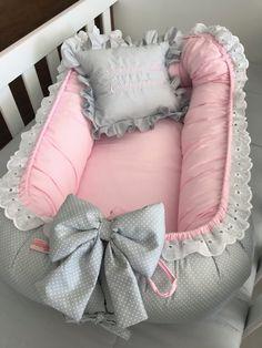 Diy Crafts - babynest s& emzirmeyastıği babynestyapımı Baby Bouncer, Baby Nest Pattern, Baby Nest Bed, Baby Girl Dress Patterns, Baby Sewing Projects, Baby Necessities, Baby Pillows, Baby Puppies, Baby Bedroom