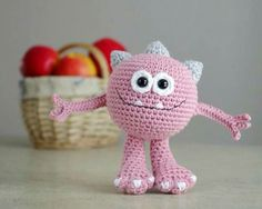 51 New Ideas crochet amigurumi monster projects Crochet For Boys, Cute Crochet, Crochet Crafts, Yarn Crafts, Crochet Baby, Crochet Projects, Knit Crochet, Crochet World, Crochet Amigurumi