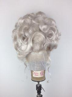 Baddie Hairstyles, Retro Hairstyles, Weave Hairstyles, Perfect Wavy Hair, Love Hair, Little Mermaid Hair, Ursula Disney, Drag Wigs, Avant Garde Hair