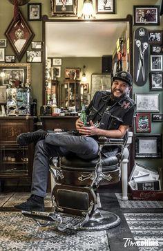 Schorem Barber Shop Interior, Barber Shop Decor, Shop Interior Design, Barber Store, Best Barber Shop, Barber Shop Pictures, Salon Pictures, Barber Poster, Barber Apron