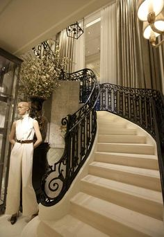 Ralph Lauren, Peninsula Hotel. Hong Kong - A historical landmark. I will try to go back, havent been in HK for ages...