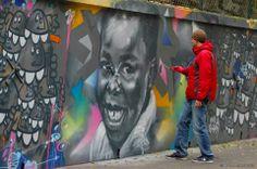 Tore Spraycan - Street Artist