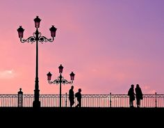 Puente de Triana Sevilla Spain Loved all the walks down to the beach! We stayed on the coast of spain. Tenerife, Cities, Silhouette Photography, Dark Images, Pink Sky, Andalusia, Granada, Coast, Skyline
