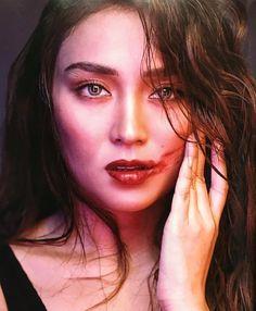 Kathryn Bernardo Outfits, Filipina Actress, Daniel Padilla, Cant Help Falling In Love, Asian Girl, Celebrities, Queen, Magazine Covers, Girls