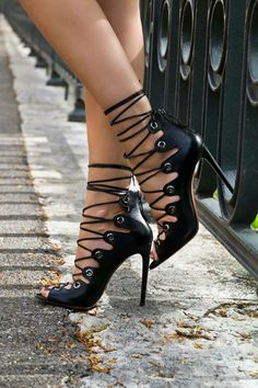 love these! I think I have pinned another shot of these before but who cares! They are a mix of sexy, punk, and chic!