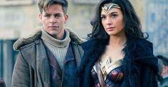 O novo filme da DC Estúdios sobre a amazona guerreira Mulher Maravilha está cada vez mais próximo da estreia, e pra dar uma aumentada de leve na antecipação, duas novas imagens surgiram na internet. O filme que pode finalmente desempacar a má sorte dos estúdios da DC com a crítica (agora vai?) ganhou duas novas …