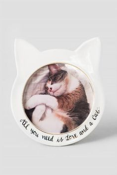 Ceramic Round Love And Cat Frame $18.00