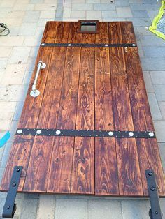 DIY Barn Door from Simple 2×6′s TUTORIAL #rustichomedecor