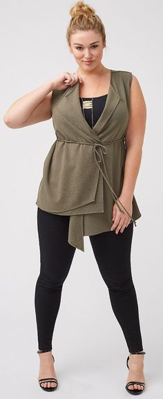 df4f0ff43809 pantalon noir et tunique grande taille brodeaux. See More. plus size 40 s  dress vest