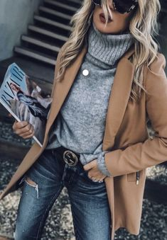 Outfits and flat lays we fell in love with. See more ideas about Casual outfits, Cute outfits and Fashion outfits. Fashion Trends, Latest Fashion Ideas and Style Tips. Casual Winter Outfits, Spring Outfits, Trendy Outfits, Winter Outfits 2019, Winter Dresses, Casual Smart Outfit Women, Fall Dress Outfits, Fall Work Outfits, Chic Outfits
