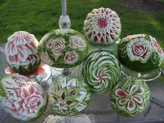 b4 by Geppetto22, via Flickr Watermelon Art, Watermelon Carving, Creative Food Art, Food Sculpture, Dessert Tray, Fruit And Vegetable Carving, Food Carving, Edible Creations, Party Platters