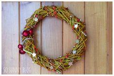 http://sosunnyblog.blogspot.com.es/2013/11/navidad-redonda-diy-christmas-wreath.html