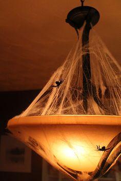 dining room Halloween decorations