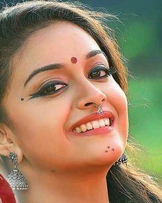 Beautiful Lips, Beautiful Girl Photo, Beautiful Girl Indian, Most Beautiful Indian Actress, Beautiful Saree, Bollywood Actress Hot Photos, Beautiful Bollywood Actress, Beautiful Actresses, Beautiful Heroine