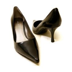 Simply chic pointed toe pump. Leather, patent leather, satin, synthetic leather, suede or fabric upper. Lightly padded footbed. Non-skid sole. A fabulous and versatile addition to your wardrobe. Heel Height: 2 1⁄2 in Weight: 6 oz Product measurements were taken using size 7. Please note that measurements may vary by size.  http://www.amazon.com/dp/B0012QBNXE/?tag=icypnt-20
