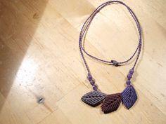 Macrame leaves necklace purple green blue di macramex su Etsy