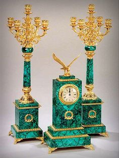 Mantelpiece Clock Russia, Malachite and bronze; mosaic and gilded Old Clocks, Antique Clocks, Vase Cristal, Granite Stone, Objet D'art, Candlesticks, Antique Furniture, Bronze, Decoration