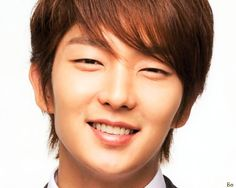 I really, really, really miss Lee Jun-ki. It is strange, how we miss certain people sometimes, right? I don't know what it is that makes...