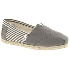 I want these shoes soooooo bad!!!!!!