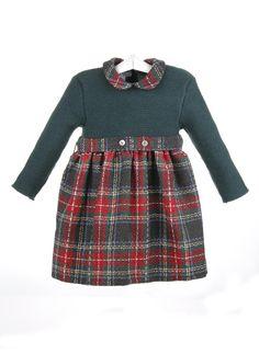 Vestido infantil  de niña con el cuerpo de lana y la falda de cuadros escoceses