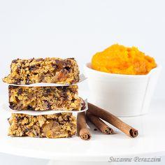Pumpkin, Almond, Chocolate Granola Bars – fat and gluten free - Great Recipes - - Gluten Free Bars, Gluten Free Granola, Dairy Free, Sweet Recipes, Snack Recipes, Snacks, Chocolate Granola, Almond Chocolate, Granola Barre