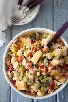 Paula Deen Grilled Southern Panzanella Salad...now all I need is some overflow squash from a friend's garden! :)