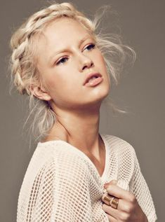 platinum blonde hair color pictures | Crystal-Glynn-platinum-hair-crown-braid