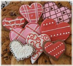 cute ideas for decorating valentines day cookies