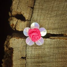 Ribbon & Plastic Flower 2cm  Red  100 by Craft365.com ~US$4.90