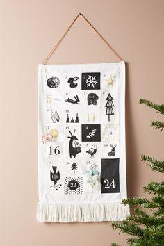 Hanging Advent Calendar - New Ideas Advent Calander, Fabric Advent Calendar, Diy Calendar, Calendar Design, Calendar 2020, Christmas Candles, Christmas Crafts, Christmas Decorations, Holiday Decor