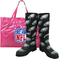 #Wellies in your favorite football teams -- HOW CUTE!! #NFL #Rainboots
