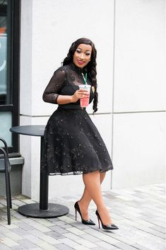 Let's have a productive day. Modest Outfits, Classy Outfits, Sexy Outfits, Fashion Outfits, Short African Dresses, African Fashion Dresses, Elegant Dresses, Cute Dresses, Professional Attire