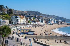 BRITS are going to be treated next week to a 20C heatwave as spring begins to prepare us for summer months ahead. The warmerweatherwill be met with welcome arms by pub landlords as well as amateur BBQ chefs ascoronavirusrestrictions ease across England. ☀️Read ourUK weather live blogfor the very latest news and forecasts... This week […]