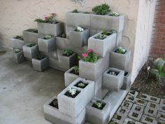 DIY Furniture And Decor From Concrete Blocks (10)