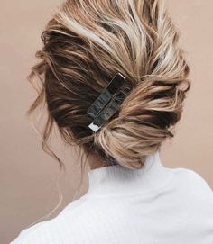 Best Wedding Hairstyles, Messy Hairstyles, Bridal Hairstyles, Formal Hairstyles, Hairstyle Ideas, Medium Hairstyle, Retro Hairstyles, Everyday Hairstyles, Indian Hairstyles