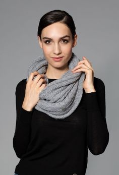 A fantastic equestrian lifestyle piece. An eternity loop scarf in a classic knit design that will keep you warm where ever your day takes you. Pairs well with the Clara Cashmere Toque. Equestrian Boots, Loop Scarf, Retro Outfits, Cashmere Scarf, Knitting Designs, Beautiful Horses, Womens Scarves, Rose, Riding Helmets
