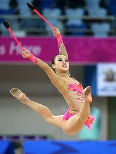 Superstar Asian Gymnaist Nude Images