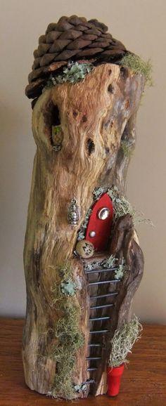 Fairy log house from https://www.facebook.com/Awaywiththefairiesgardens