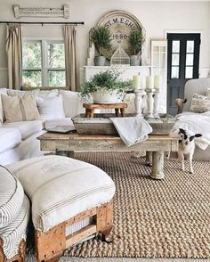 Cozy Farmhouse Style Living Room Decoration Ideas #countryhomedecor #rusticcountryfarmhouse