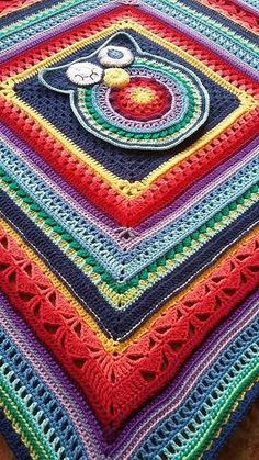 Gorgeous Sunshine Owl Blanket Pattern - Knit And Crochet Daily Crochet Owl Blanket Pattern, Crochet Owls, Crochet Square Patterns, Baby Blanket Crochet, Knit Crochet, Knitting Patterns, Crochet Afghans, Crochet Hearts, Free Crochet