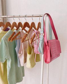 Boutique Interior, Aesthetic Room Decor, Aesthetic Clothes, Mode Pastel, 90s Fashion, Modest Fashion, Fashion Mask, Fashion Vintage, French Fashion