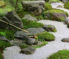 #京都 #永観堂 #禅林寺 #Kyoto #Eikando #Zenrinji #temple Japanese Garden Landscape, Japanese Rock Garden, Zen Rock Garden, Dry Garden, Japanese Garden Design, Japanese Gardens, Garden Stones, Zen Gardens, Yoga Garden