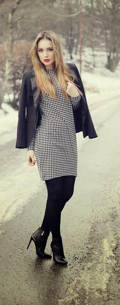 Little Houndstooth Dress , Black Awesome Blazer , Hot Lips