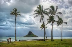 The Chinaman's Hat in Oahu - Beautiful Pictures of Hawaii by Trey Ratcliff | Travel Photography
