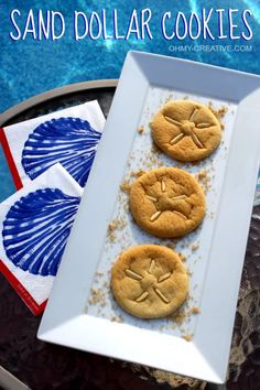These Easy DIY Sand Dollar Cookies are the Perfect Coastal Beachy Sweet Treat for you and your Guests. Be it a Summer Party or any Occasion. Featured on Completely Coastal. Baking made easy with the Pillsbury Cookie Dough. Go bake sand dollar cookies! Pillsbury Cookie Dough, Pillsbury Sugar Cookies, Summer Desserts, Easy Desserts, Dessert Recipes, Delicious Desserts, Dinner Recipes, Dessert Simple, Sand Dollar Cookies