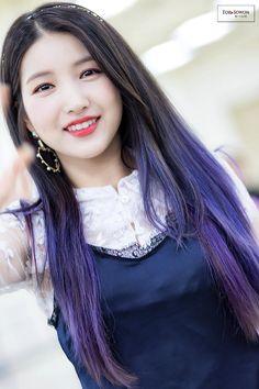 GFRIEND - SoWon 소원 (Kim SoJung 김소정) Japan promotions 180526 #원이 #여자친구 일본 프로모션